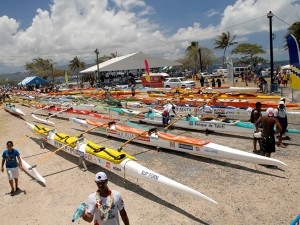 Polynesian outrigger canoes © Tahiti Tourisme - C.Durocher
